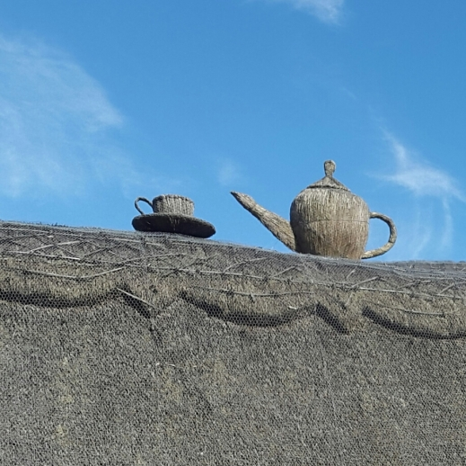 The Old Thatch: the teapot on the roof is just the beginning...